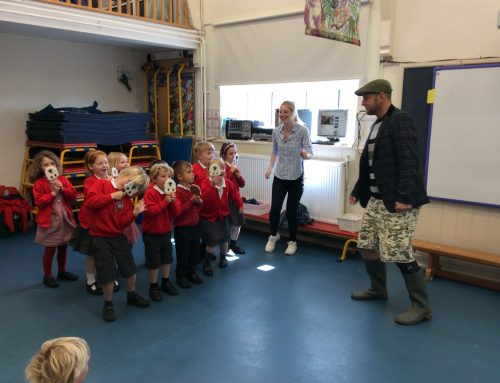 Farmer Pete visits Class 1 to sort out their 10 sheep!