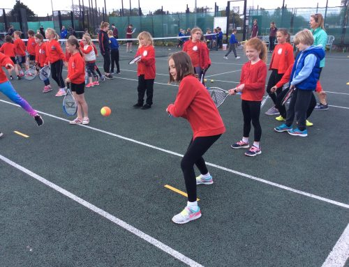 Class 3 enjoy a morning of tennis!